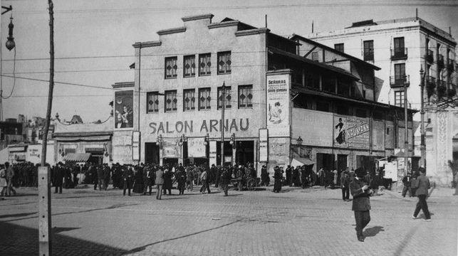 Imatge-Teatre-Arnau-XX-Salvem_EDIIMA20150204_0883_14