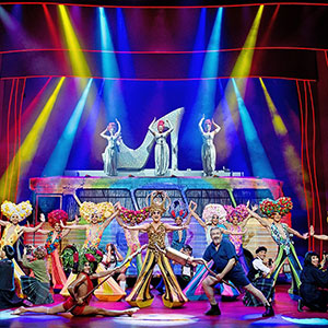 'Priscilla', la reina del color, la purpurina i els greatest hits