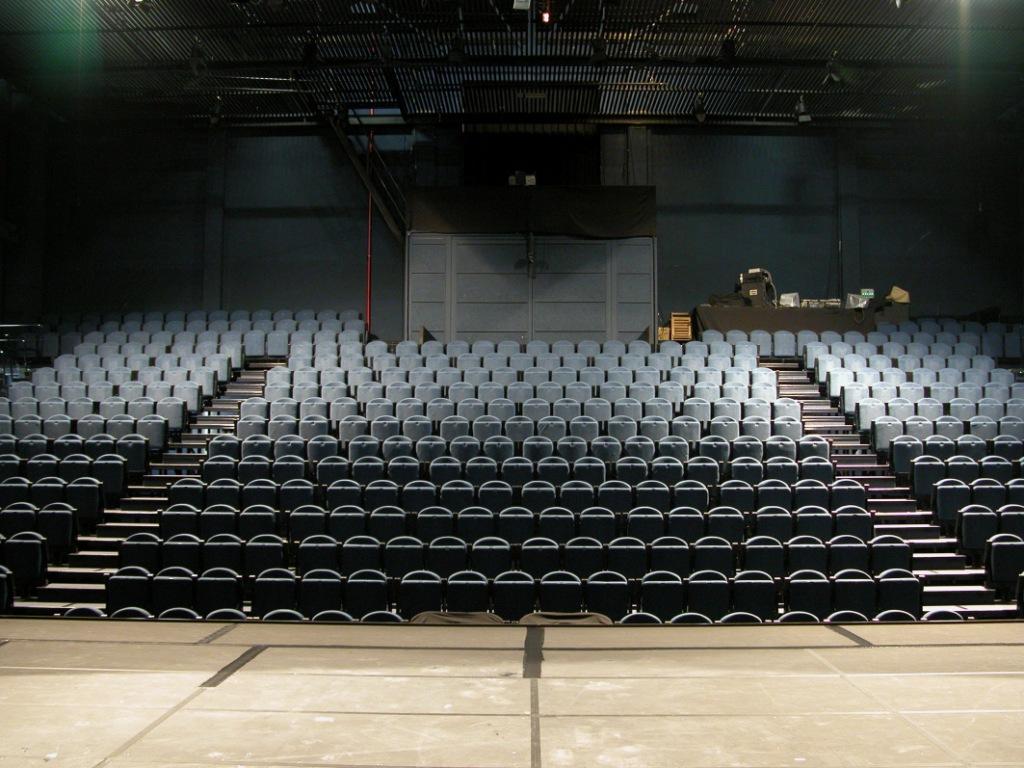 Tnc teatre nacional de catalunya teatre barcelona for Teatre nacional de catalunya